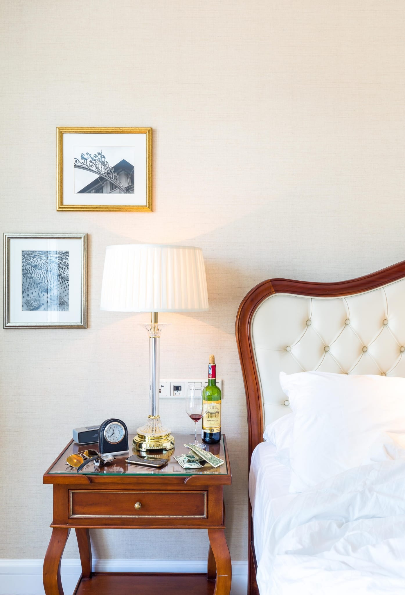 park-hyatt-saigon_bedroom03